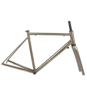 CR03 steel road frameset